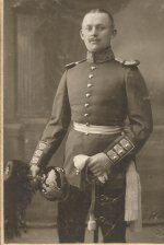 G R 3  Lt. Hornung  1911.jpeg